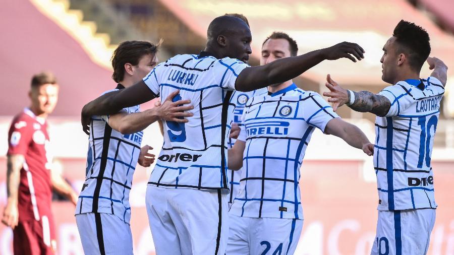 Lukaku comemora gol da Inter de Milão contra o Torino, pelo Campeonato Italiano - Marco BERTORELLO / AFP