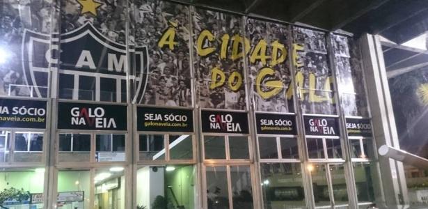 66556a9434 Rivalidade entre Atlético e Cruzeiro chega na rodoviária de Belo ...