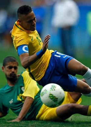 """""""Definitivamente, os direitos humanos pedem uma educação que, ao discuti-los e ao praticá-los, supere o reinado do país do futebol"""" - REUTERS/Ueslei Marcelino"""