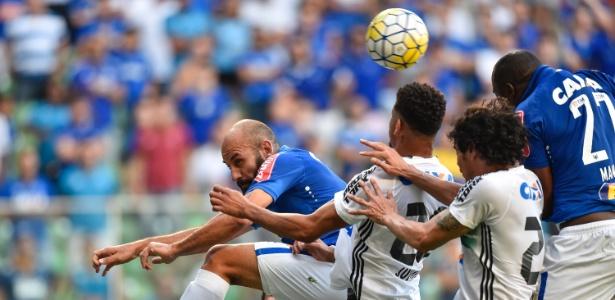Equipe busca reação, mas início ruim no Brasileiro gera recorde negativo de rodadas no Z-4