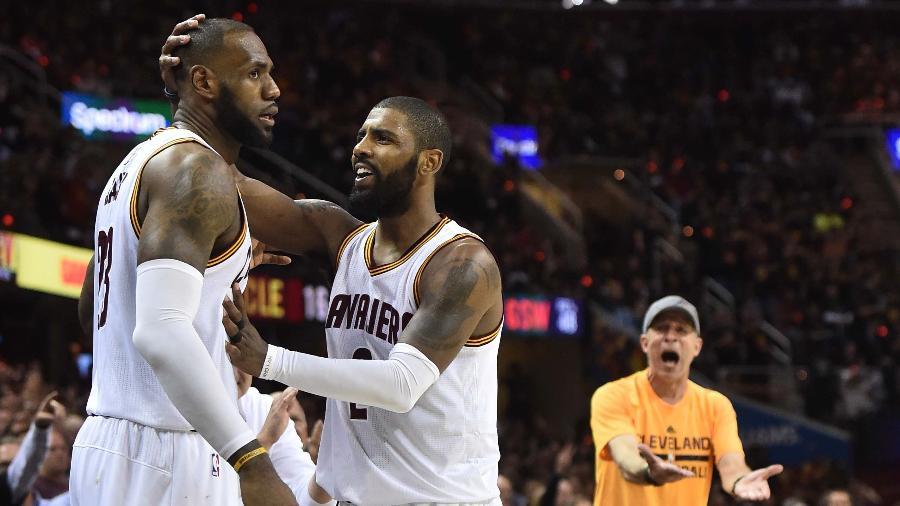 LeBron James e Kyrie Irving são os destaques do Cleveland Cavaliers - Ken Blaze/USA TODAY Sports