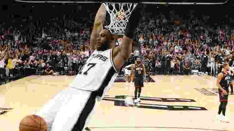 Jonathon Simmons, do San Antonio Spurs, em ação contra o Houston Rockets - Soobum Im/USA TODAY Sports - Soobum Im/USA TODAY Sports