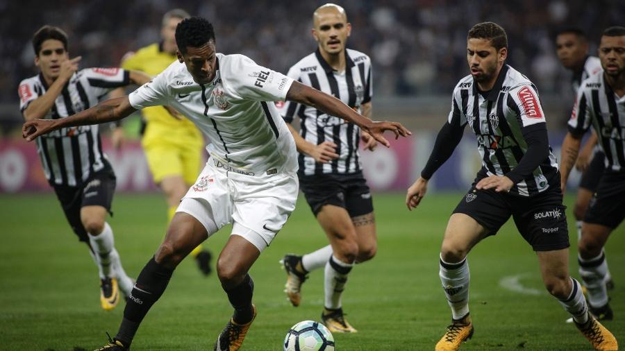 """Corinthians de Jô é um dos """"campeões"""" de ibope do futebol na Globo - Thomás Santos/AGIF"""