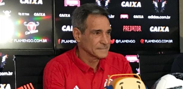 Paulo César Carpegiani em sua apresentação no Flamengo - Pedro Ivo Almeida/UOL Esporte