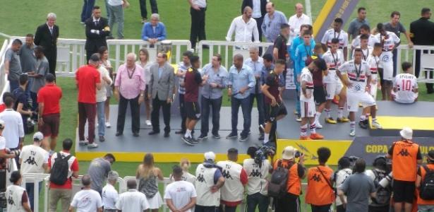 Leco na cerimônia de premiação da Copa São Paulo - Gabriel Carneiro/UOL