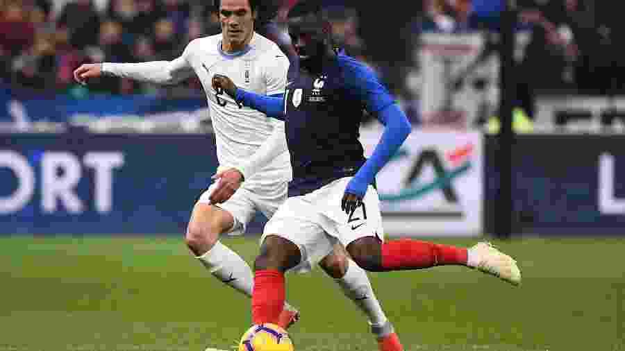 Tanguy Ndombélé já disputou seis jogos pela seleção francesa, tendo feito sua estreia em outubro de 2018 em um amistoso contra a Islândia - Anne-Christine Poujoulat/AFP