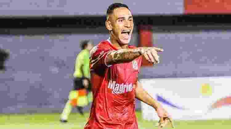 Agora no 3 de Febrero, Bendrix Parra estreou com gol - CA 3 de Febrero/Divulgação