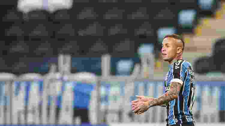 Everton Cebolinha durante jogo do Grêmio contra o Internacional, em jogo do Gauchão 2020 - Pedro H. Tesch/AGIF - Pedro H. Tesch/AGIF