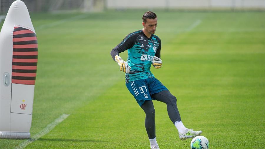 Goleiro César, do Flamengo, durante treino no Ninho do Urubu - Alexandre Vidal/Flamengo