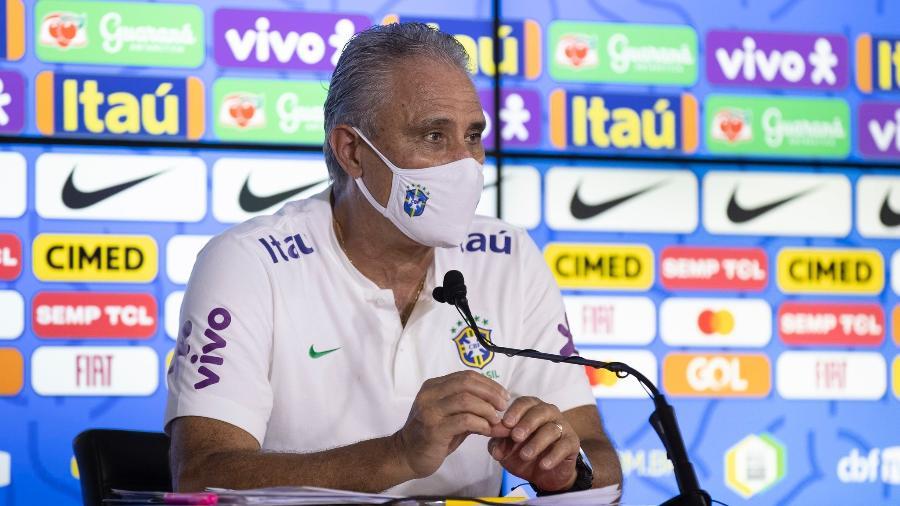 O técnico Tite durante entrevista coletiva da seleção brasileira - Lucas Figueiredo/CBF