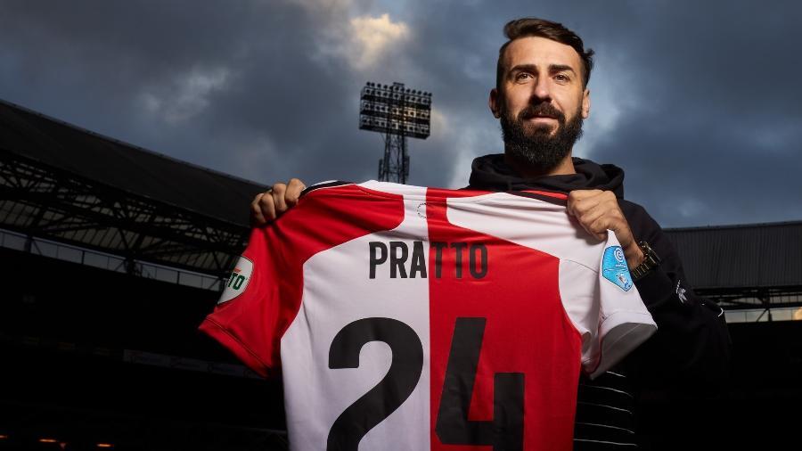 Lucas Pratto teve passagem curta no futebol holandês - Divulgação/Feyenoord