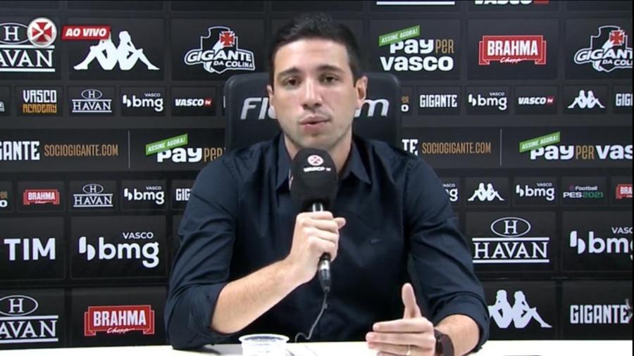 Pássaro durante apresentação de Romulo no Vasco: falou sobre renovações de Cano, Andrey e especulações - Reprodução / Vasco TV