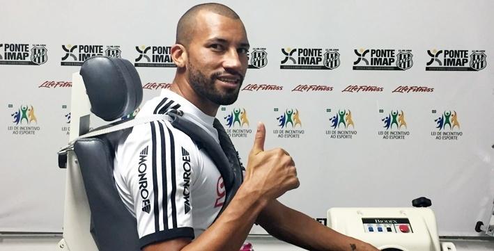 Zagueiro do Grêmio, Kadu, é apresentado pela Ponte Preta