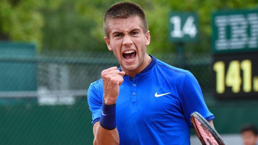 Borna Coric testou positivo para o novo coronavírus após torneio organizado por Djokovic - AFP PHOTO / Eric FEFERBERG