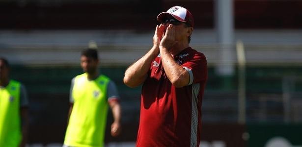 Setor defensivo do Flu tem preocupado o treinador Levir Culpi - NELSON PEREZ/FLUMINENSE FC