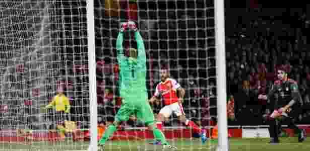 Walcott gol - Stefan Wermuth/Reuters - Stefan Wermuth/Reuters