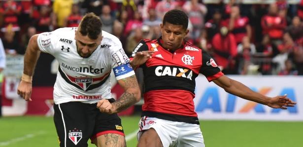 Márcio Araújo deixou o Flamengo bastante criticado pela torcida rubro-negra