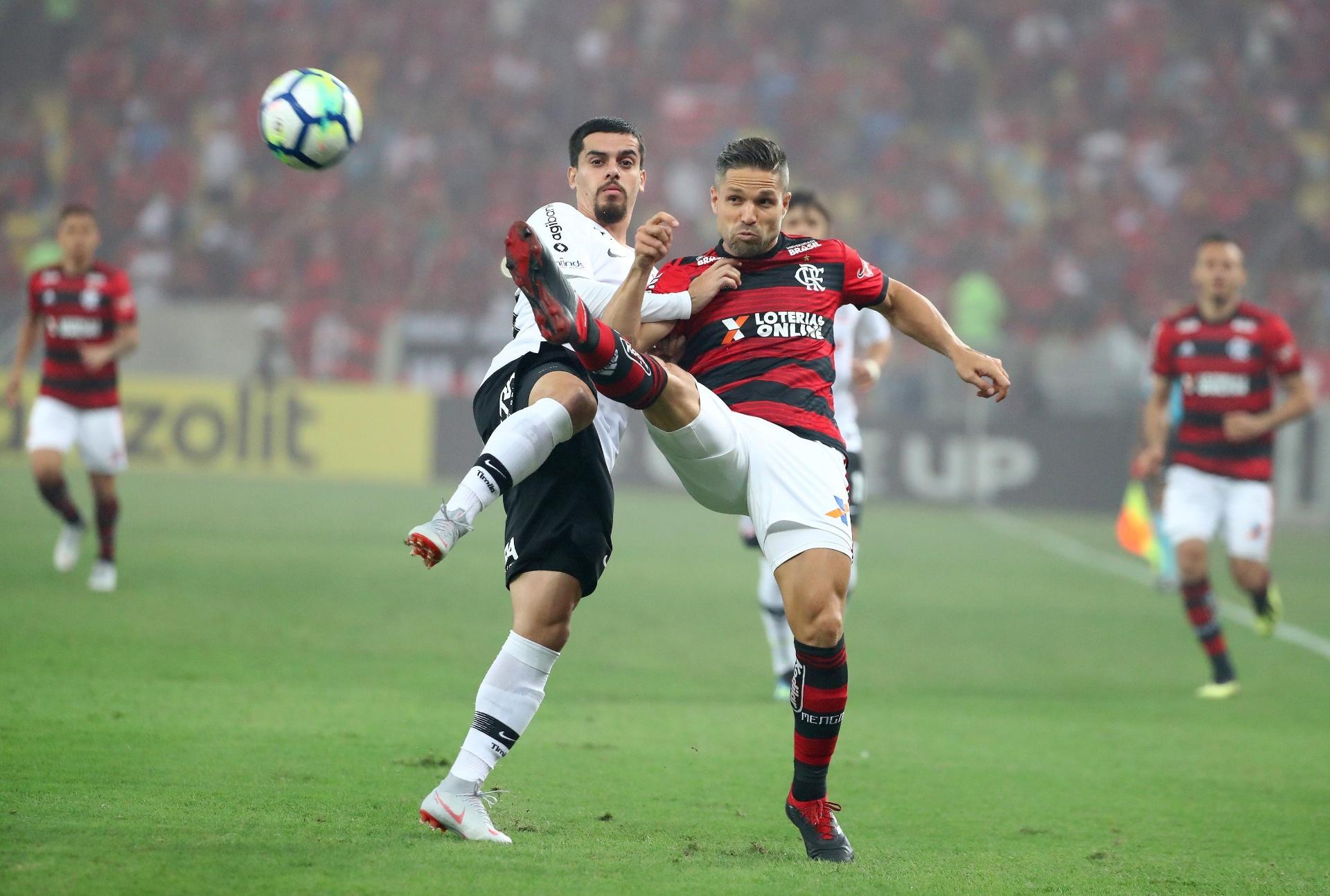 Flamengo para em retranca do Corinthians de89b6d283cc7