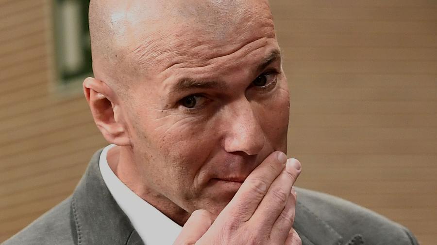 Zinedine Zidane, durante apresentação como novo técnico do Real Madrid - PIERRE-PHILIPPE MARCOU / AFP