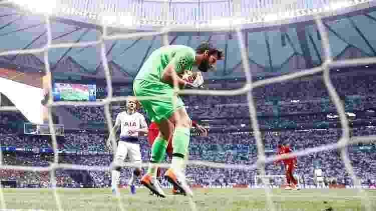 Alisson na Champions - Kai Pfaffenbach/Reuters - Kai Pfaffenbach/Reuters