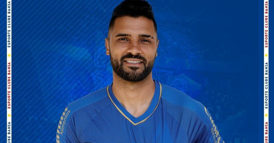 Bahia anuncia contratação do lateral esquerdo Giovanni