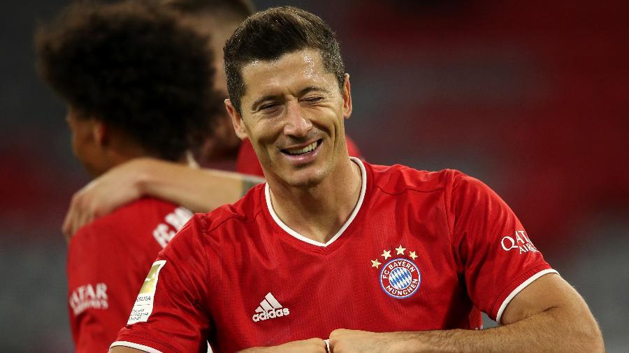 Lewandowski comemora gol do Bayern de Munique - Alexander Hassenstein/Getty Images
