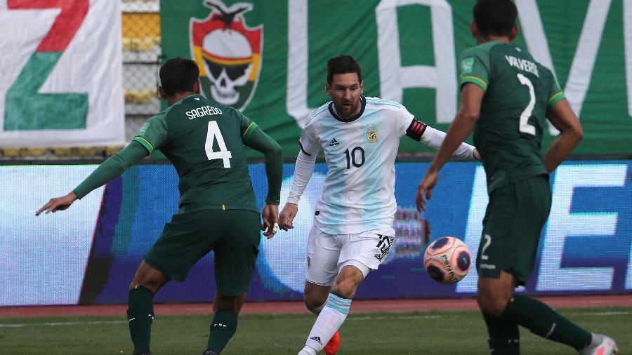 Lionel Messi em ação na partida entre Bolívia e Argentina, pelas Eliminatórias para a Copa de 2022 - Martin Alipaz