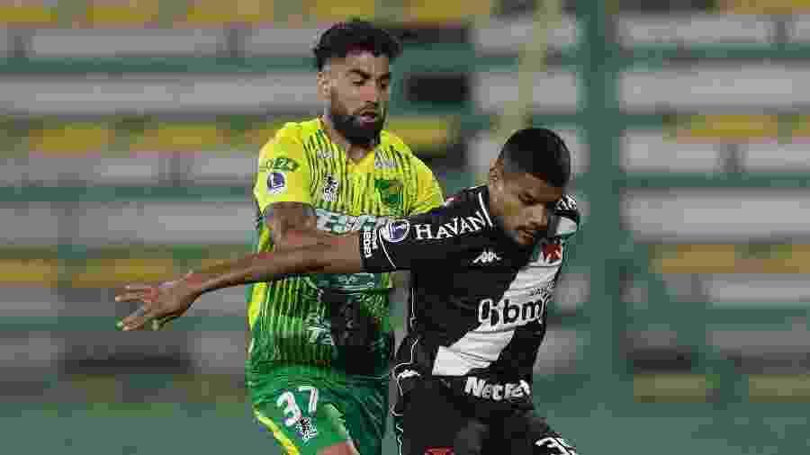 Vasco e Defensa y Justicia empataram 1 a 1 no jogo de ida das oitavas de final, na Argentina - Juan Ignacio RONCORONI / POOL / AFP