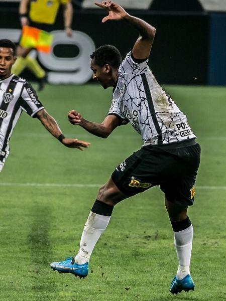 Jô perdeu chance inacreditável contra o Atlético-MG - DANILO FERNANDES/FRAMEPHOTO/FRAMEPHOTO/ESTADÃO CONTEÚDO