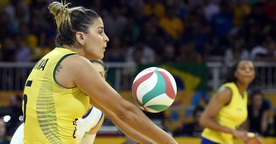 Mari Paraíba foi titular na decisão devido à lesão de Jaqueline