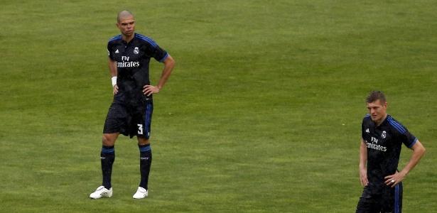 Defesa do Real Madrid apresenta problemas neste sábado - Sergio Perez/Reuters