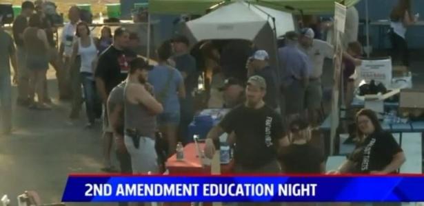 """Battle Creek Bombers promoveu """"evento educacional"""" para divulgar Segunda Emenda - FOX News 17/Reprodução"""