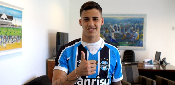 Peruano jogou na base do Grêmio e se profissionalizou pelo Sporting Cristal