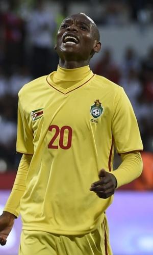 Khama Billiat, da seleção do Zimbábue, em ação na Copa Africana de Nações 2017