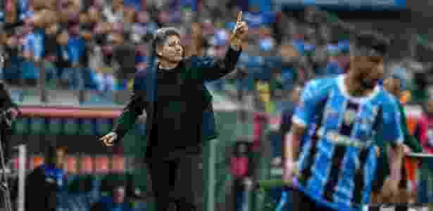 Renato Gaúcho durante jogo do Grêmio - LUCAS UEBEL/GREMIO FBPA - LUCAS UEBEL/GREMIO FBPA