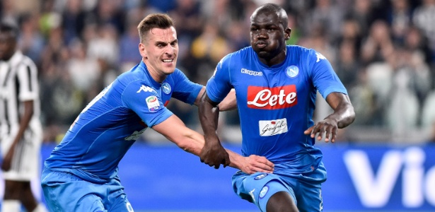Kalidou Koulibaly comemora gol decisivo no duelo Juventus x Napoli no domingo - Giuseppe Maffia/NurPhoto via Getty Images