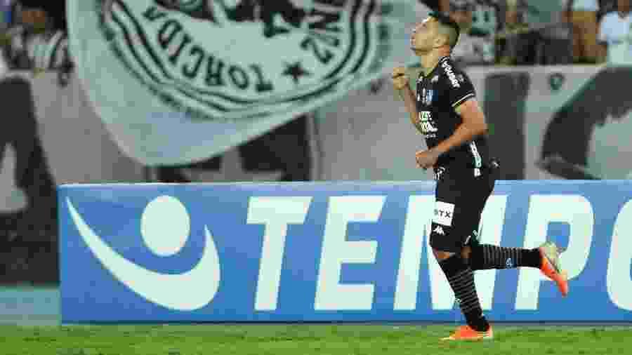 Diego Souza foi peça fundamental nas duas últimas vitórias do Botafogo no Campeonato Brasileiro - WALLACE TEIXEIRA/FUTURA PRESS/ESTADÃO CONTEÚDO