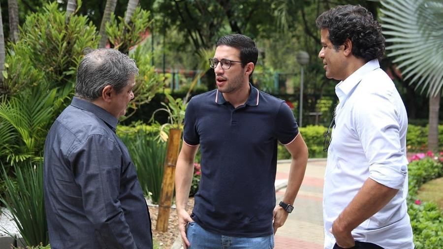 O diretor adjunto Fernando Chapecó, o gerente-executivo de futebol Alexandre Pássaro e o diretor-executivo de futebol Raí - Rubens Chiri/saopaulofc.net