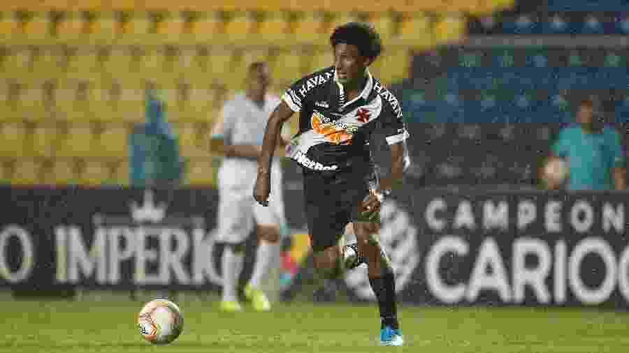 Talles Magno, de 17 anos, é um dos jovens da base inscritos pelo Vasco na Sul-Americana e o segundo mais novo - Rafael Ribeiro / Vasco