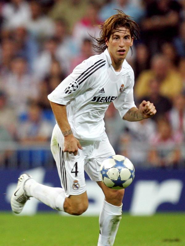 Sergio Ramos em ação pelo Real Madrid em 2005