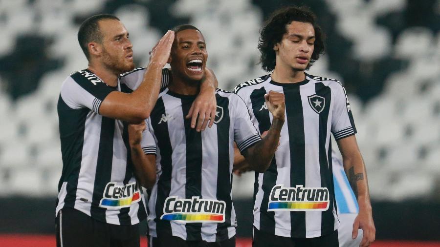 Rickson celebra gol do Botafogo sobre o Macaé; Pedro Castro e Matheus Nascimento também marcaram - Vitor Silva/Botafogo