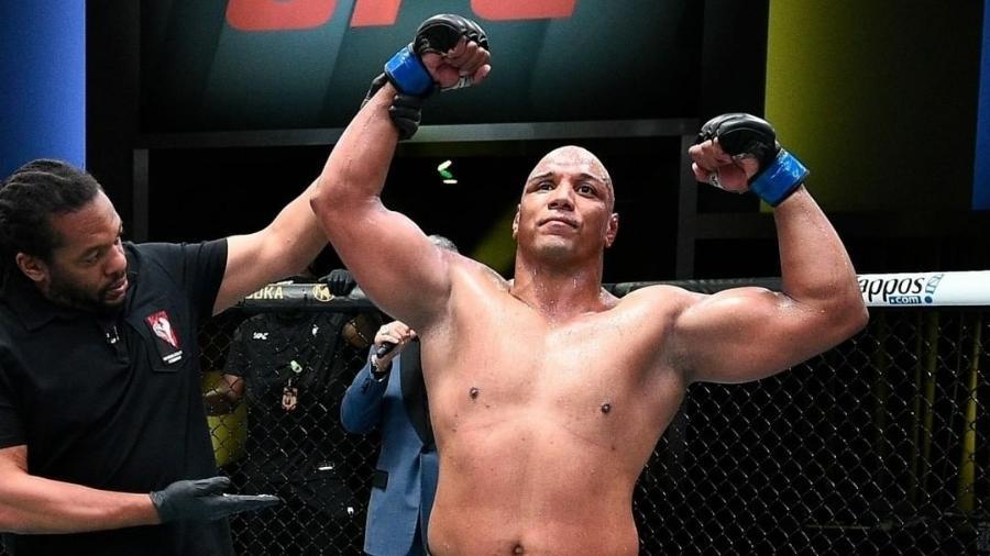 Marcos Pezão vence Maurice Green no UFC Vegas 26 - Reprodução/Instagram