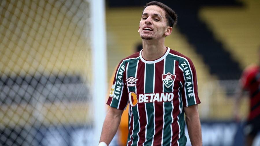Gabriel Teixeira renovou até 2025, e Fluminense tem oito titulares garantidos para 2022 - Lucas Merçon/Fluminense FC