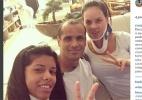 Mulher de Rivaldo deixa hospital após acidente de carro