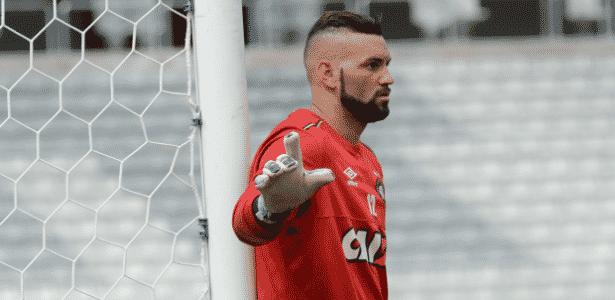 Weverton deixará o Atlético-PR para assinar com o Palmeiras - Divulgação/CAP