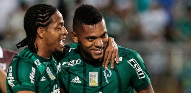 Keno e Borja comemoram gol do Palmeiras contra a Ponte Preta - Ale Cabral/AGIF