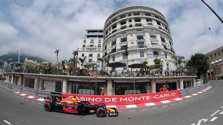 Daniel Ricciardo durante primeiro treino livre em Mônaco - Boris Horvat/AFP
