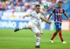 Corinthians faz contato e inicia negociação com Grêmio por Ramiro
