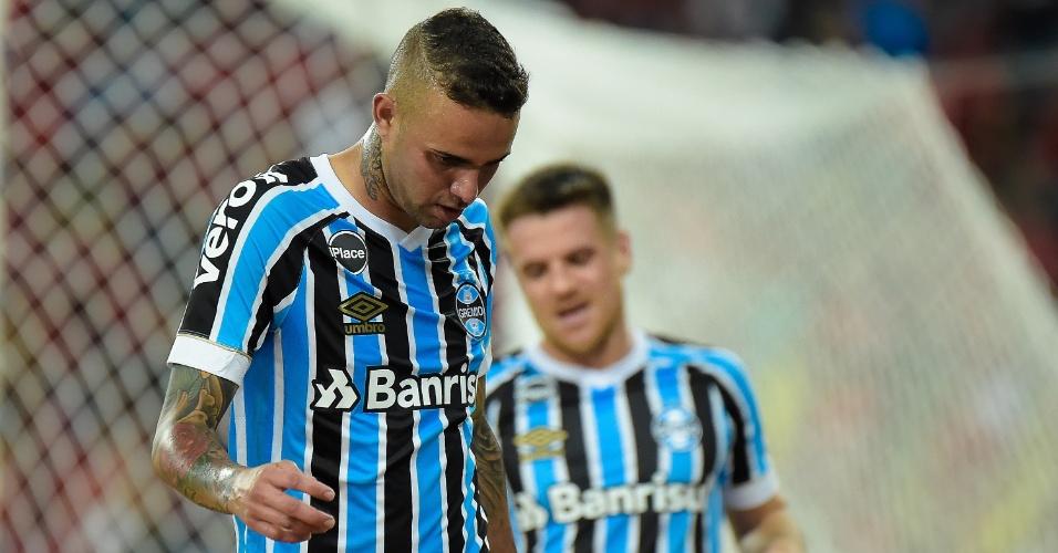 Luan lamenta chance perdida no jogo entre Flamengo e Grêmio