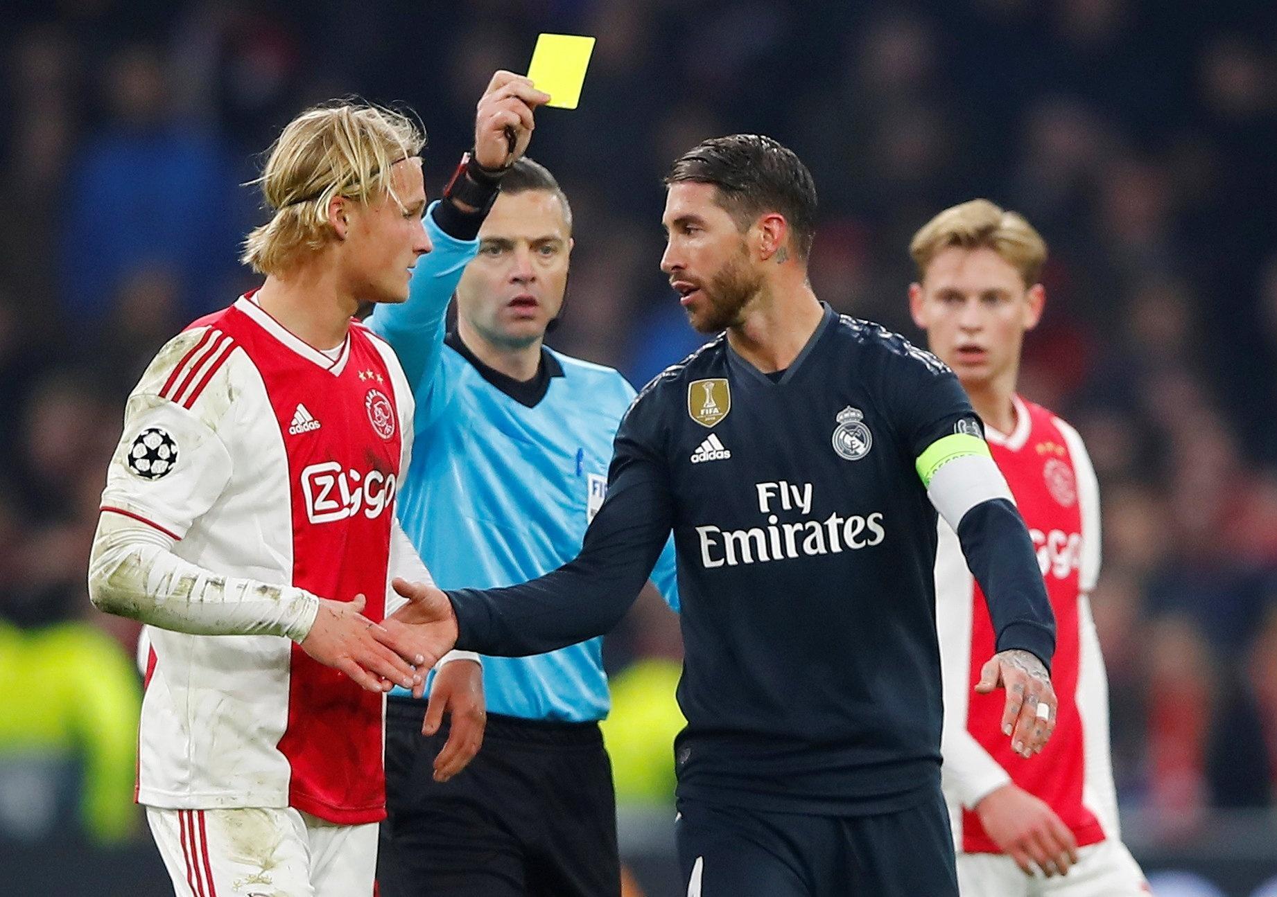 240b4cb8887 Liga dos Campeões  Uefa inicia investigação contra Sergio Ramos por forçar  cartão amarelo